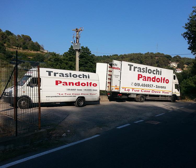 traslochi-pandolfo-camion-grande-e-furgone